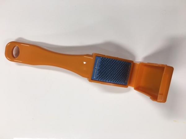 Shoe brush orange