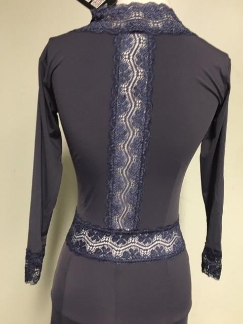 NY16139S V-neck lace dress grey